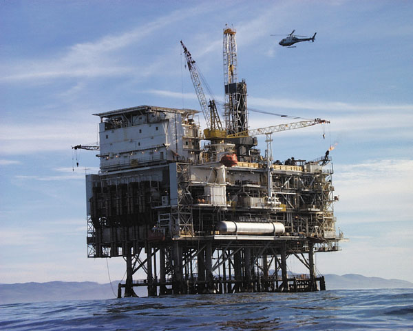Oil prices have, once again, dropped below $40.00 a barrel, as the demand for oil and gas continues to wane and the supply of oil is being maintained.