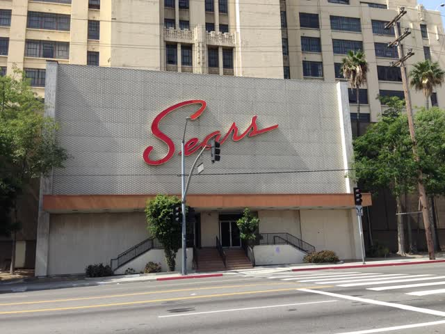 What Investors Can Learn From Sears And J. C. Penney